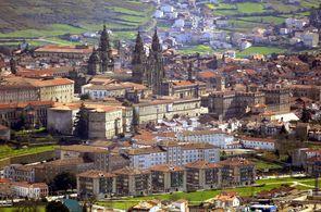 Panoramablick auf das Stadtzentrum von Santiago