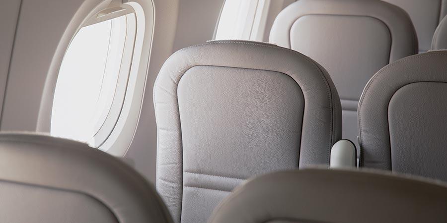 Kabine einer Embraer 190